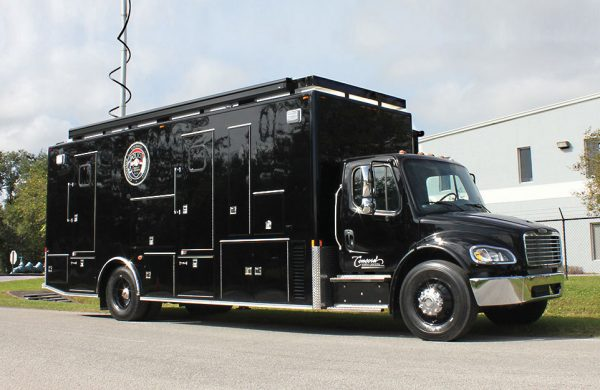 MID-SIZE MOBILE COMMAND VEHICLES