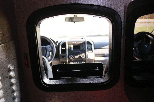 braun08619-cab-window