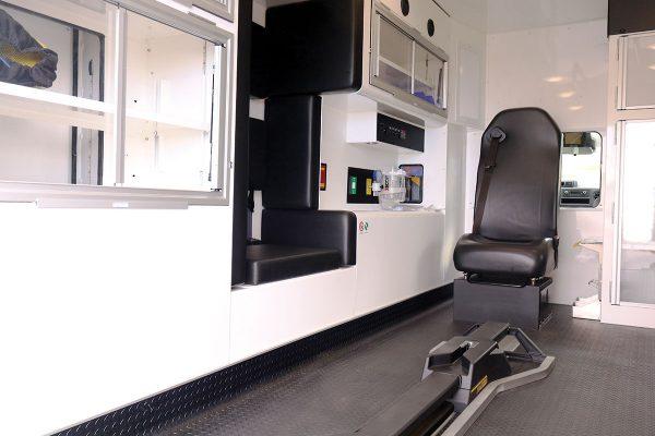 ccl-f21c-20113-interior-left