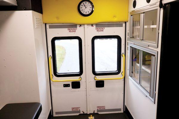 ccl-f21c-20113-interior-rear