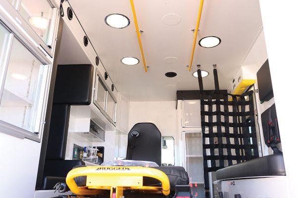 ccl-f21c-2015-18-interior2