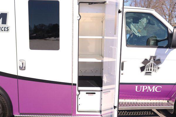 ccl-f21c-2015-18-right-compartment1