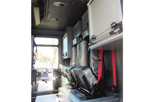 35068-interior2