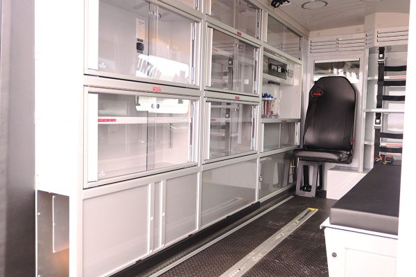 F20-2263-interior1