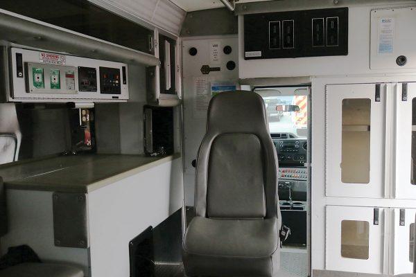 braun3310-interior1