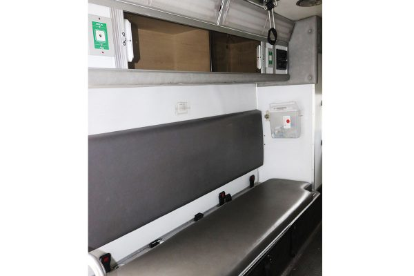 braun3310-interior2