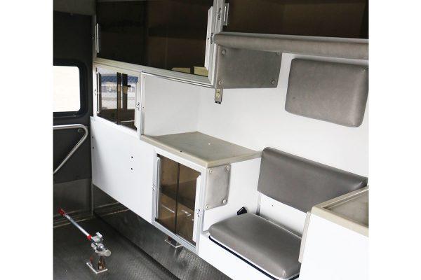 braun3310-interior3