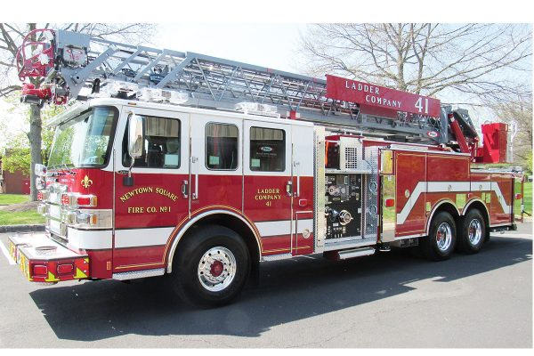 Newtown Square FC No 1 Pierce Enforcer 1-5' HD Ladder
