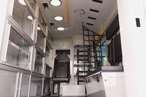 F20-3803-interior1