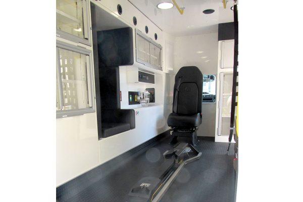 ccl-f22c-20111-interior2
