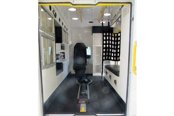 ccl-f22c-20111-interior3