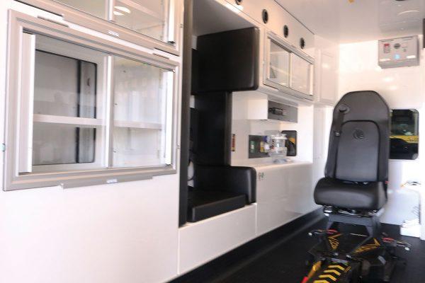 F22C-20254-interior2