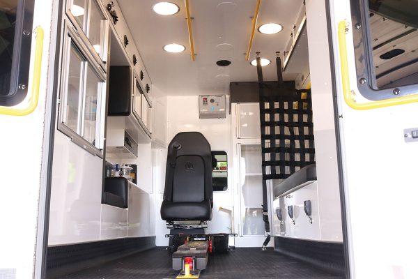 F22C-20254-interior3