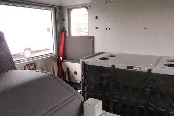 35040-interior3