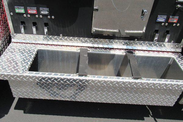 35613-right-panel-tray