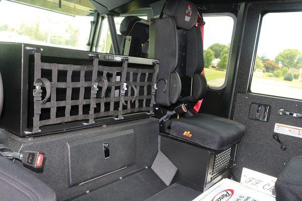 35614-interior2