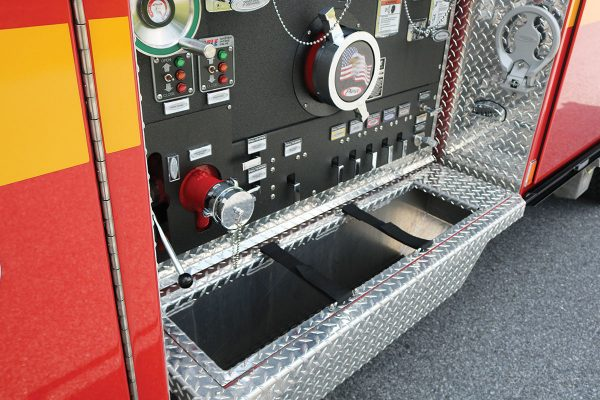 35614-left-panel-tray