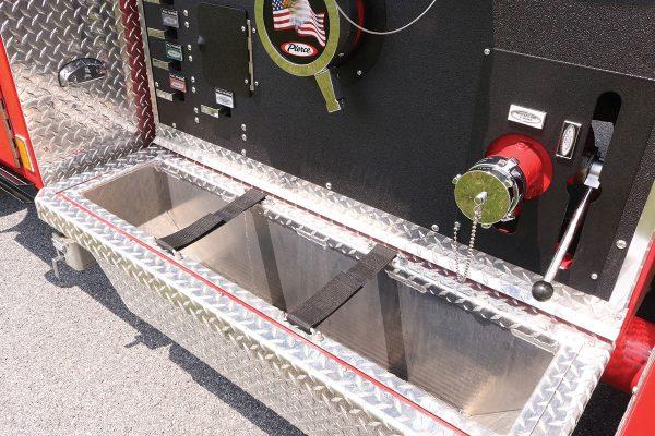 35614-right-panel-tray