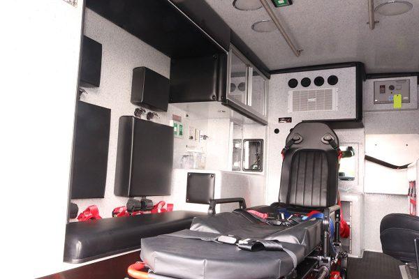 08614-interior2