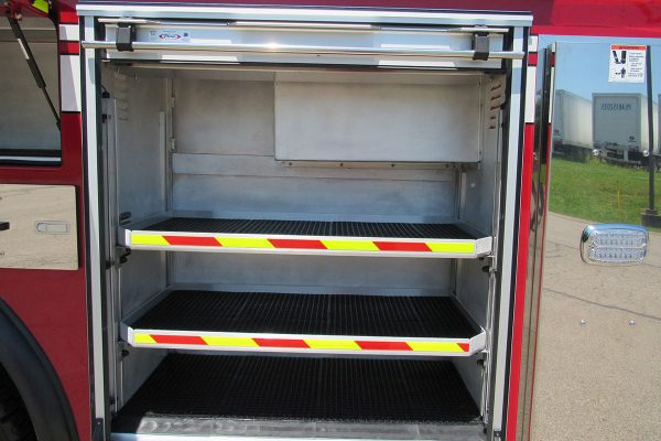 35241-01-left-compartment_6