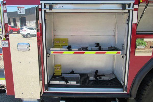 35241-01-right-compartment_5