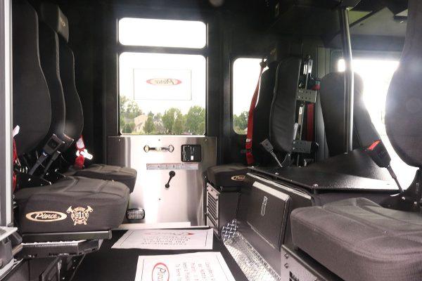 35838-interior3