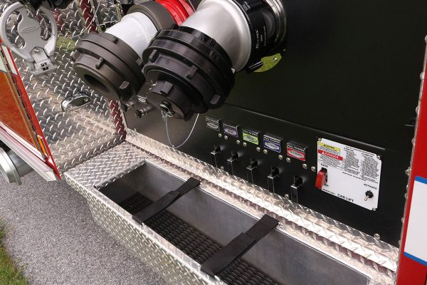 35838-right-panel-tray