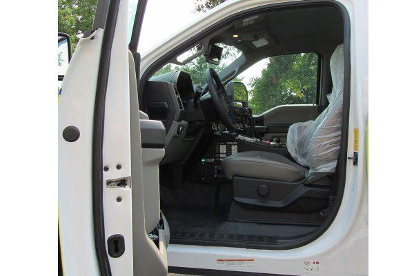 B11171MAH-cab-driver