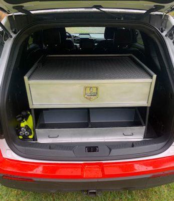 MGA87484-rear-open