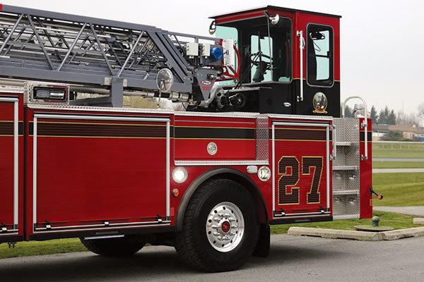 30712-rear-cabin
